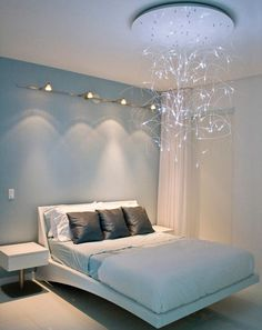 Wish I knew where to find this ceiling light...not that I'd likely be able to afford it. :)
