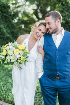 Lemon Themed Styled Shoot | Intimate Weddings - Small Wedding Blog - DIY Wedding Ideas for Small and Intimate Weddings - Real Small Weddings Small Weddings, Small Intimate Wedding, Intimate Weddings, Wedding Blog, Diy Wedding, Wedding Ideas, Blue Yellow Weddings, Vintage Vibes, Invitation Suite