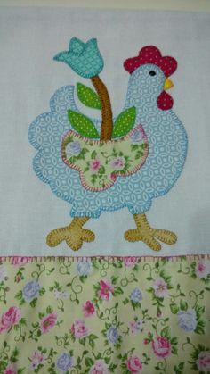 Patch apliqué by Nana Maciel Embroidery Hoop Decor, Towel Embroidery, Embroidery Patches, Embroidery Ideas, Farm Quilt Patterns, Applique Patterns, Applique Quilts, Chicken Quilt, Chicken Crafts
