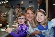 The now-stay-at-home mom at her daughter's fourth birthday. One that she was able to fully attend. (Allison Klein)
