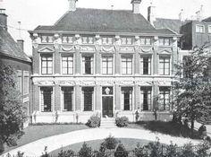 Friesland, 1911, Leeuwarden, Het Oud-Prinsesse-Hof te Leeuwarden, voorzijde
