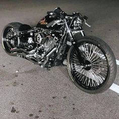 Harley Davidson News – Harley Davidson Bike Pics Softail Bobber, Motos Bobber, Bobber Bikes, Bobber Motorcycle, Bobber Chopper, Women Motorcycle, Harley Davidson Chopper, Harley Bobber, Classic Harley Davidson