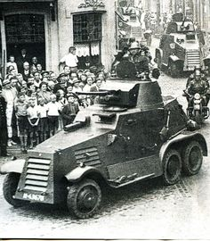Dutch Landsverk Armored car - pin by Paolo Marzioli Armored Vehicles, Armored Car, Armoured Personnel Carrier, Germany Ww2, Military Pictures, Military Modelling, Ww2 Tanks, North Africa, Military History