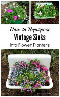 Gorgeous 34 Casual Diy Garden Sink Design Ideas That Looks So Stunning. Flower Planters, Garden Planters, Fall Planters, Garden Sink, Garden Path, Vintage Sink, Metal Sink, Old Sink, Outdoor Sinks