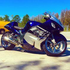 Street Motorcycles, Street Bikes, Custom Motorcycles, Motorcycle Design, Motorcycle Bike, Bike Design, Biker Boys, Biker Girl, Pet Pigeon
