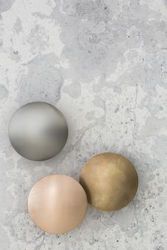 pinned by barefootstyling.com  Bathroom Hardware   Metallics