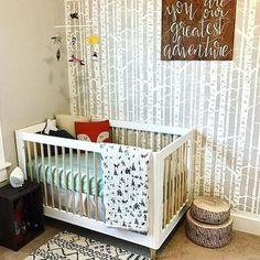 Such a cozy corner in a fab woodland nursery! Design by @nicolepaul89