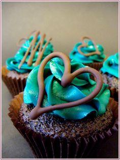Teal chocolate cupcakes