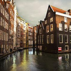 KLM Reiseführer - Grachtenfahrten in Amsterdam