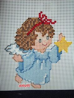 Cross Stitch Fairy, Cross Stitch Angels, Needlepoint Patterns, Cross Stitch Patterns, Christmas Cross, Christmas Ornaments, Plastic Canvas Christmas, Beaded Animals, Plastic Canvas Patterns