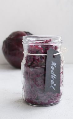 Danish Food, Mason Jars, Recipies, Vegetables, Invitations, Food, Recipes, Mason Jar, Vegetable Recipes