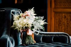 Alejandro Marmol fotógrafo de Bodas en Sevilla Table Decorations, Madrid, Wedding Bouquets, Boyfriends, Dinner Table Decorations