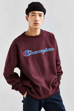 7df9b8e4205 Champion Reverse Weave Script Crew Neck Sweatshirt Hype Clothing