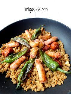 cocinaros: Migas de Pan Chorizo, Spanish Food, Risotto, Chicken, Meat, Cooking, Ethnic Recipes, Empanadas, Tapas