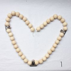 Items similar to Living chain wooden beads on Etsy Wooden Beads, Pearl Necklace, Pearls, Chain, Metal, Handmade, Stuff To Buy, Inspiration, Jewelry