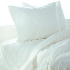 Quilted Bedding Set in White