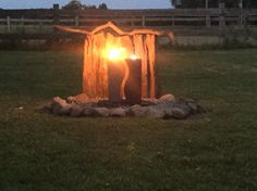 Feuer Wasser Stein und Holz