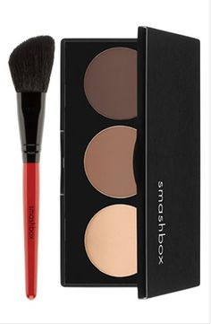 Smashbox contouring powder... sculpt your own face... excellent.