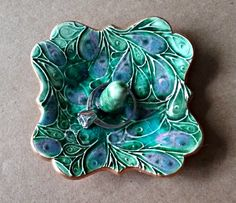 Ceramic Ring Holder Peacock Green edged in gold 3 by dgordon