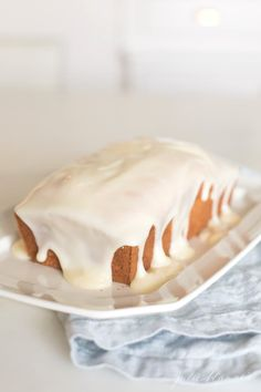 Carrot Cake Bread is the best carrot cake in bread form. Its easy to slice serve and most importantly enjoy! Carrot Cake Bread, Best Carrot Cake, Pumpkin Bread, Bread Cake, Fruit Bread, Pound Cake Glaze, Glaze For Cake, Icing For Pound Cake, Cake Icing