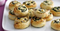 Squeeze excess moisture from spinach. pat dry between sheets of absorbent paper. Sprinkle spinach and combined cheeses over pastry sheets. Lunch Box Recipes, Pie Recipes, Whole Food Recipes, Cooking Recipes, Spinach Recipes, Quiche Recipes, Savoury Recipes, Pastry Recipes, Pudding Recipes