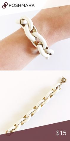 White Enamel Link Bracelet This bracelet has a large white enamel link chain and J.Crew inspired clasp Jewelry Bracelets
