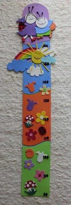 Baba-és gyerekszoba dekoráció: Bogyó és Babóca magasságmérő
