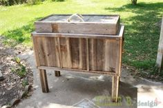 rustic cooloer- site has tons of DIY projects