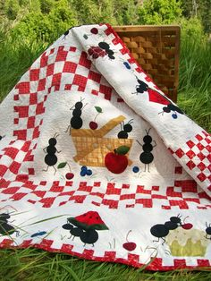 our inspiration for a picnic quilt by Cori Blunt. I WANT ONE!