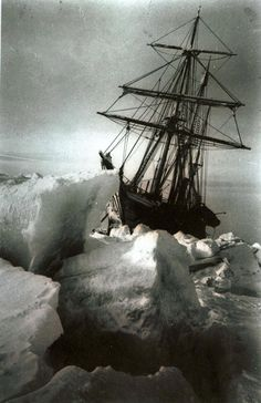 'Endurance' - stuck in the ice: Frank Hurley 1915