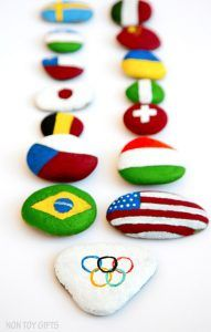 Olympic Craft - Painted flag rocks - a creative and educational Olympic craft. A great opportunity for kids to learn about the participating countries to the Olympics. Summer Camp Crafts, Camping Crafts, Summer Activities, Craft Activities, Painting Activities, Youth Activities, Therapy Activities, Painting For Kids, Art For Kids