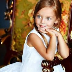 Russian child model Anna Pavaga