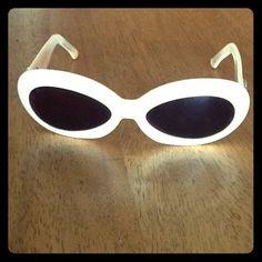FENDI glasses Cream vintage sunglasses FENDI Accessories Glasses