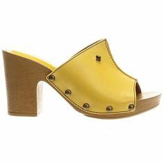 Com influência anos 70, tamancos voltam aos pés das famosas; veja opções - Moda - UOL Mulher
