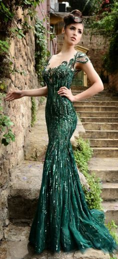 Summer Style Sexy Green Prom Dresses Cap Sleeves Beaded Sequins Tulle Prom Gowns Backless Mermaid Formal Dress Prom Dress
