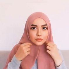 Stylish Hijab, Modest Fashion Hijab, Modern Hijab Fashion, Street Hijab Fashion, Hijab Fashion Inspiration, Hijab Casual, Turkish Hijab Tutorial, Simple Hijab Tutorial, Pashmina Hijab Tutorial