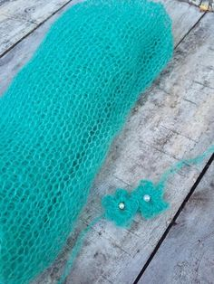 knitted green wrap,stretch mohair wrap and tie back set