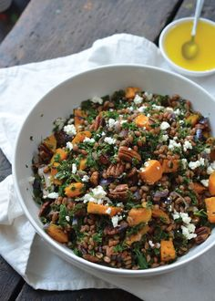 This is a delicious, warm salad that's perfect for cold days. As I'm sure you all know, I really love squash! And the combination of the squash, toasted pecans, spelt and dressing make this winter salad complete. Tip: Want to take this salad to go? Allow it to cool fully before packing it up.