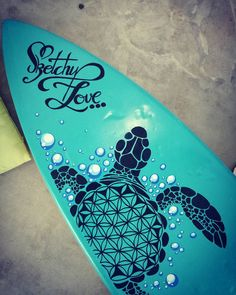 Surfboard is looking good but if you look closely in person there are small cracks in the paint  #surfboard #surfart #surfboardart #turtle #turtleart #turtledoodle #zentangle #zendoodle #floweroflife #bubbles #bluewater #water #surf #beachart #doodle #drawing #spraypaint #spraypaintart #linedrawing #thatpaintsmell #smooth #blue #paint #painting #fun #sketchylove