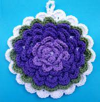 Fanciful Flower Potholders free pattern