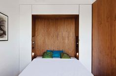The Murphy bed are perfectly balanced so it can be opened and closed just by using the fingertips.