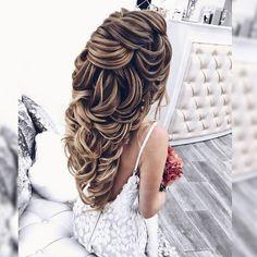 Прически и Макияж N1 Москва LA (@elstile) • Фото и видео в Instagram View Photos, Wedding Hairstyles, Dreadlocks, Long Hair Styles, People, Beauty, Instagram, Long Hairstyle, Wedding Hair