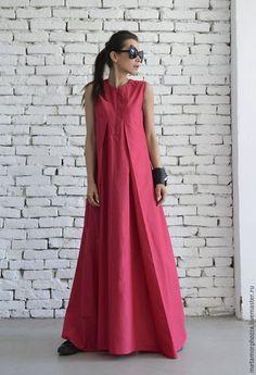 Купить или заказать Платье цвета фуксии в интернет-магазине на Ярмарке Мастеров. ПЛАТЬЕ by METAMORPHOZA Модное розовое платье - это идеальный выбор для повседневной жизни или особых событий! Это легкое платье выйглядить красиво и на большимх каблуках и в кроссовках . Изготовлено из высококачественного хлопка. Также может быть сделано с длинными рукавами. Это длинное платье очень удобно и модно! XS: Бюст= 84см/ Талия= 64см/ Бедра= 90см S: Бюст= 88см/ Талия= 68см/ Бедра= 94см…