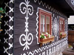 The Beautiful Tradition of Čičmany, Slovakia Gypsy Wagon, European Furniture, My Roots, Beautiful Places In The World, House Painting, Home Art, Winter Wonderland, Activities For Kids, Arts And Crafts