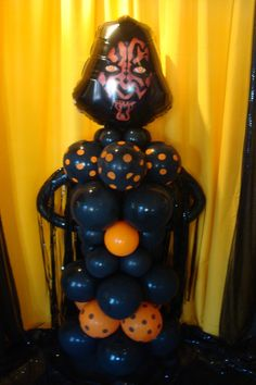 Monsters, ghosts, skeletons, spiders and all spooky creatures--they're what make Halloween so fun!  www.partyfiestadecor.com