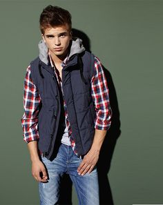 River-Viiperi-for-BERSHKA