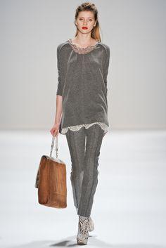 Fall 2011 Ready-to-Wear  Nanette Lepore