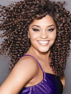 Anote: mestre das tesouras ensina como ter o cabelo de Juliana Alves - http://epoca.globo.com/colunas-e-blogs/bruno-astuto/noticia/2013/08/anote-mestre-das-tesouras-ensina-como-ter-o-cabelo-de-bjuliana-alvesb.html (Foto: Cabelos& Cia)