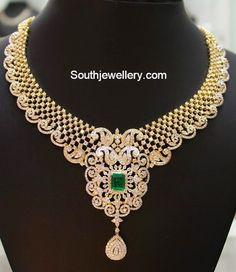 Short Diamond necklace with square emerald pendant - Latest Jewellery Designs Emerald Pendant, Diamond Pendant Necklace, Diamond Jewelry, Gold Jewelry, Fine Jewelry, Peacock Jewelry, Emerald Diamond, Stone Necklace, Bridal Necklace