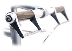 Handlebar straight Wirelever both sides Velo Vintage, Vintage Bicycles, Bike Components, Bike Details, Buy Bike, Cool Bike Accessories, Bicycle Parts, Bike Seat, Cool Bicycles